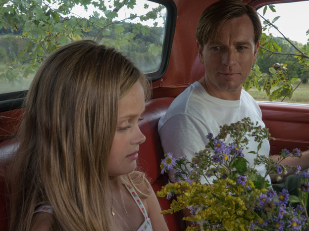 Ewan McGregor and Hannah Nordberg play a troubled father and daughter in <em>American Pastoral.</em>