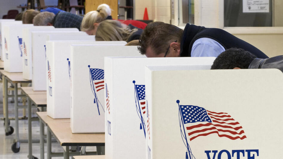 Ahead of the November presidential election, tension run high. A polls show Americans say the election is a causing stress. (PAUL J. RICHARDS/AFP/Getty Images)