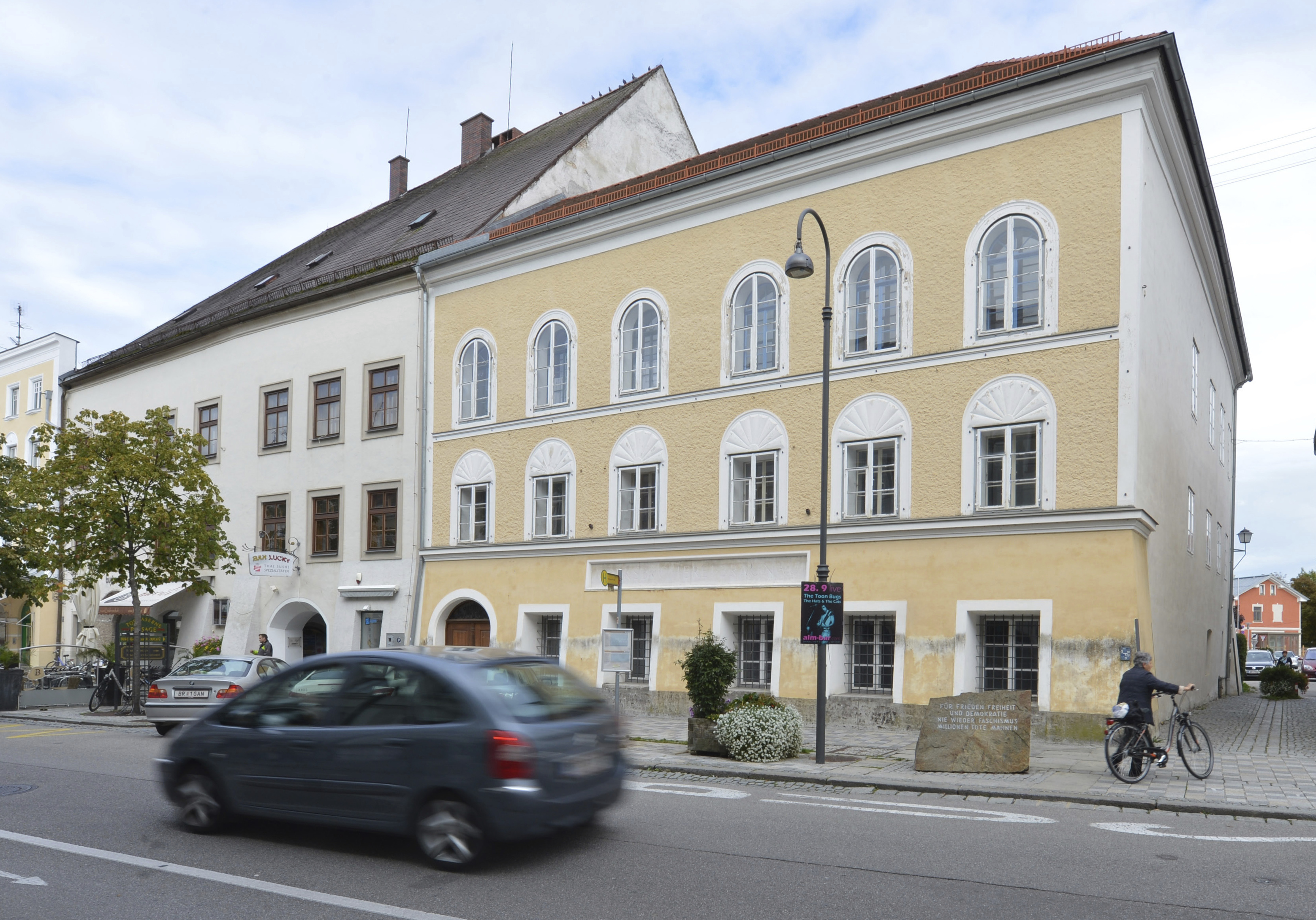 Austria government: House of Hitler's birth to be demolished