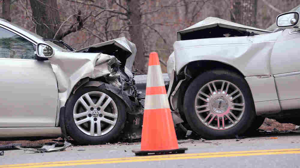 Human Errors Drive Growing Death Toll In Auto Crashes