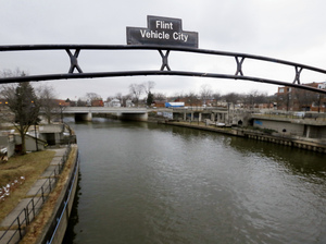 A government watchdog's report says Flint residents' exposure to lead in city drinking water could have been stopped months earlier by federal regulators.