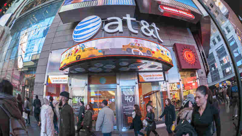 TIMELINE: AT&T's Merger With Time Warner Follows Decades Of Industry Deals