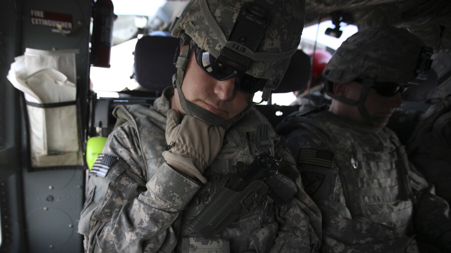 Us Soldiers Told To Repay Thousands In Signing Bonuses From Height