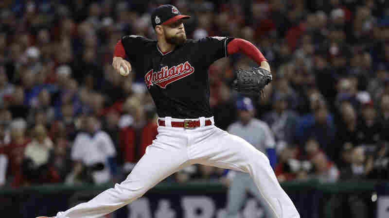Cleveland Indians Beat Chicago Cubs 6-0 In Game 1 Of World Series