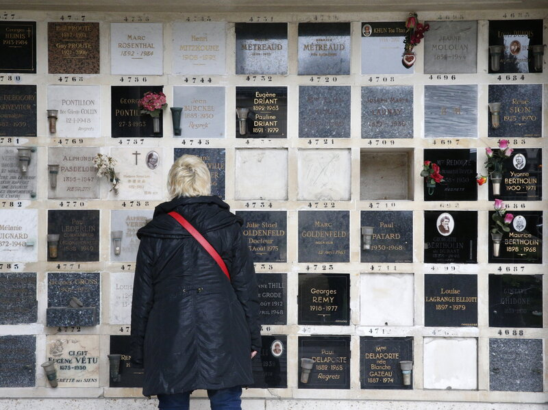 Vatican: Don't Scatter Cremation Ashes, And Don't Keep Them