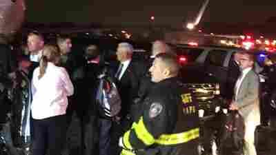 Plane Carrying GOP V.P. Nominee Mike Pence Skids Off LaGuardia Runway