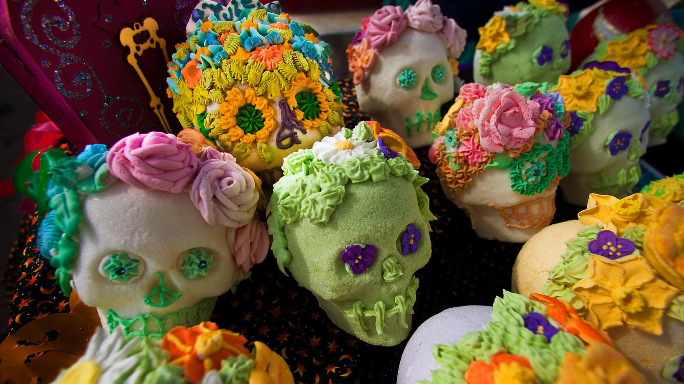 Sugar Skulls Tamales And More Why Is That Food On The Day Of The