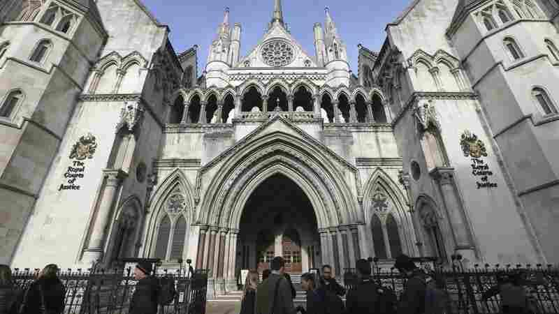 British Court Rules That Parliament Must Approve Brexit Plans