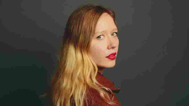 First Watch: Julia Jacklin, 'Don't Let The Kids Win'