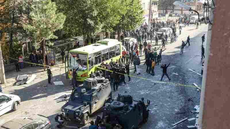 Car Bomb Kills 8 In Turkey After Pro-Kurdish Legislators Detained For Questioning