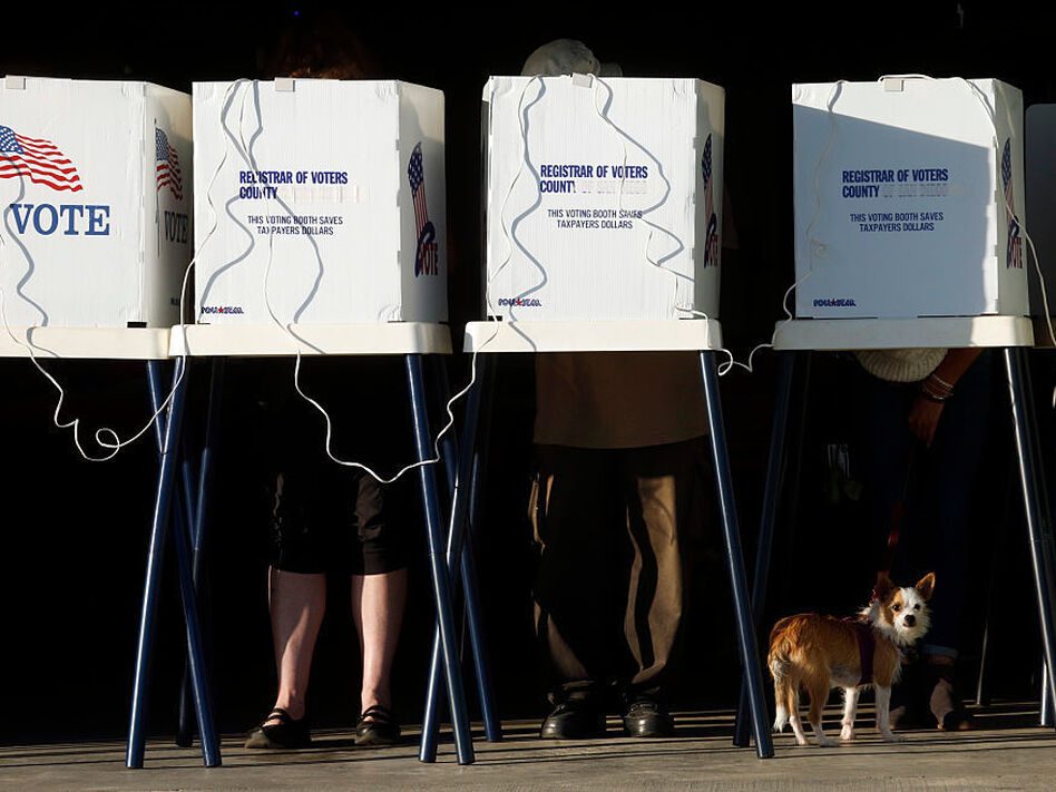 Residents cast their votes at the Los Angeles County Fire Department Lifeguard Operations in Venice on Friday. (Genaro Molina/LA Times via Getty Images)