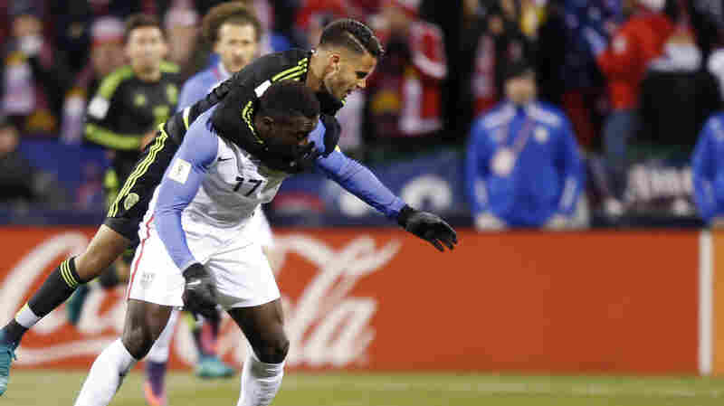 Mexico Breaks 4-Game Losing Streak In U.S. To Win World Cup Qualifier