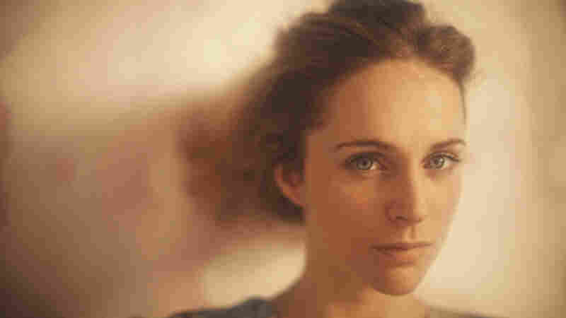 Agnes Obel Sings A Dream