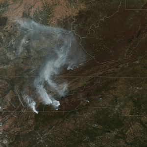 'The Worst I've Ever Seen'; Fires Sweep Through Southeastern U.S.