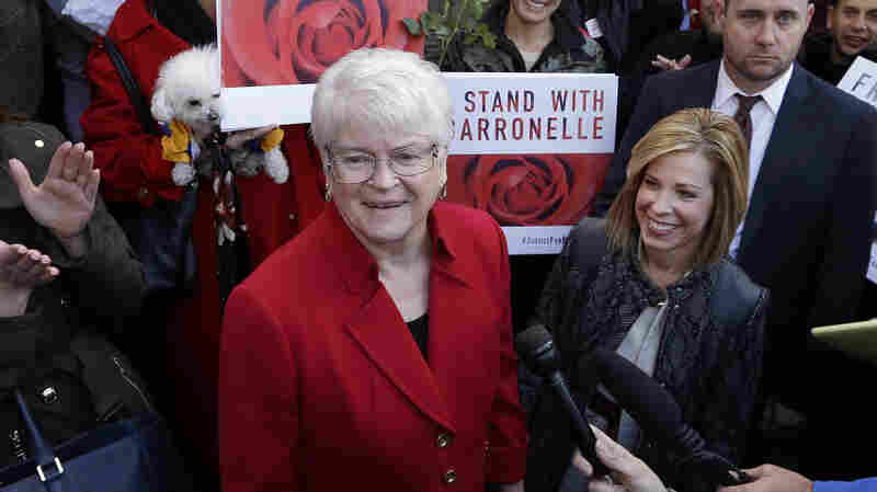 Washington High Court Hears Case Of Florist Who Refused To Serve Gay Wedding