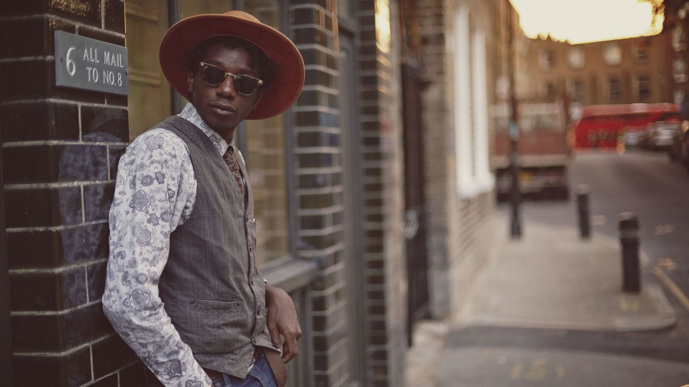 First Watch: L.A. Salami, 'Going Mad As The Street Bins'