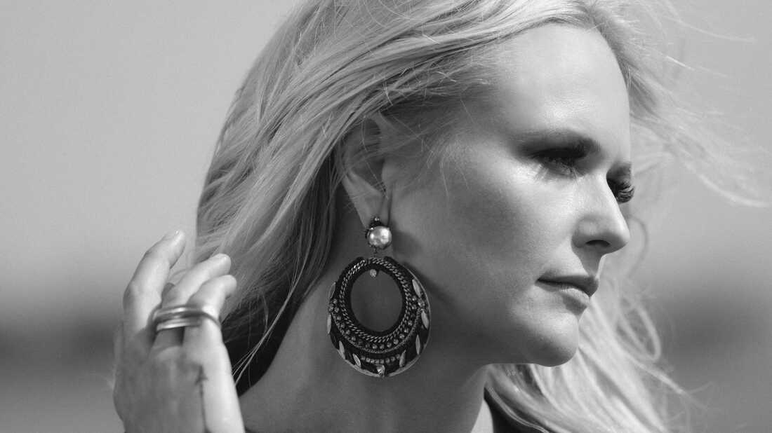 On 'The Weight Of These Wings,' Miranda Lambert Improvises A Life
