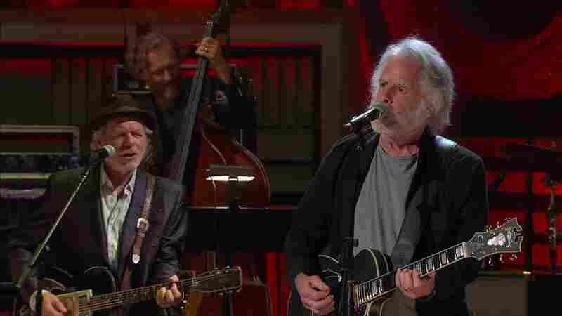 Watch Bob Weir Cover Merle Haggard's 'Mama Tried'