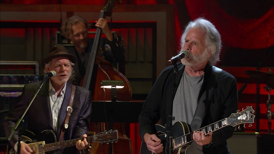 Bob Weir performing at the AmericanaFest Awards. (Courtesy of the artist)