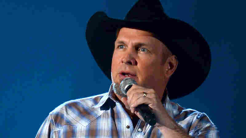 Garth Brooks performs during the 48th Annual Academy of Country Music Awards at the MGM Grand Garden Arena on April 7, 2013 in Las Vegas.