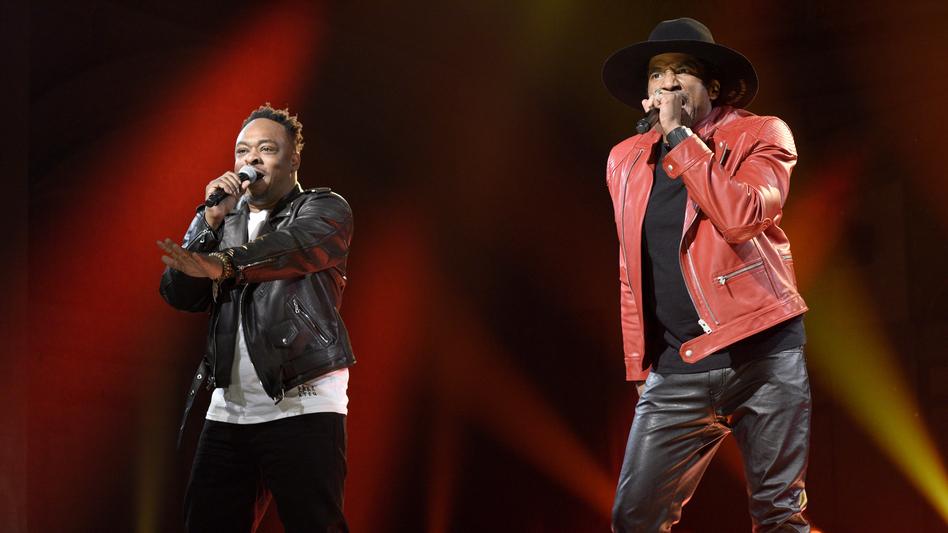 Jarobi White and Q-Tip performing on Saturday Night Live on Nov. 12. (NBC/NBCU Photo Bank via Getty Images)