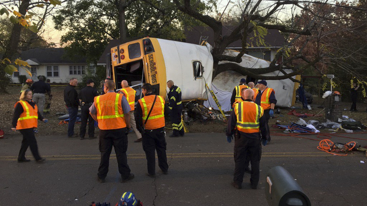 At Least 5 Children Die In Tennessee School Bus Crash : The Two-Way