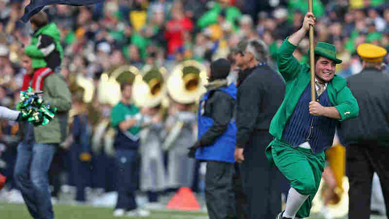 Notre Dame Must Vacate 2012, 2013 Football Wins Over Academic Violations