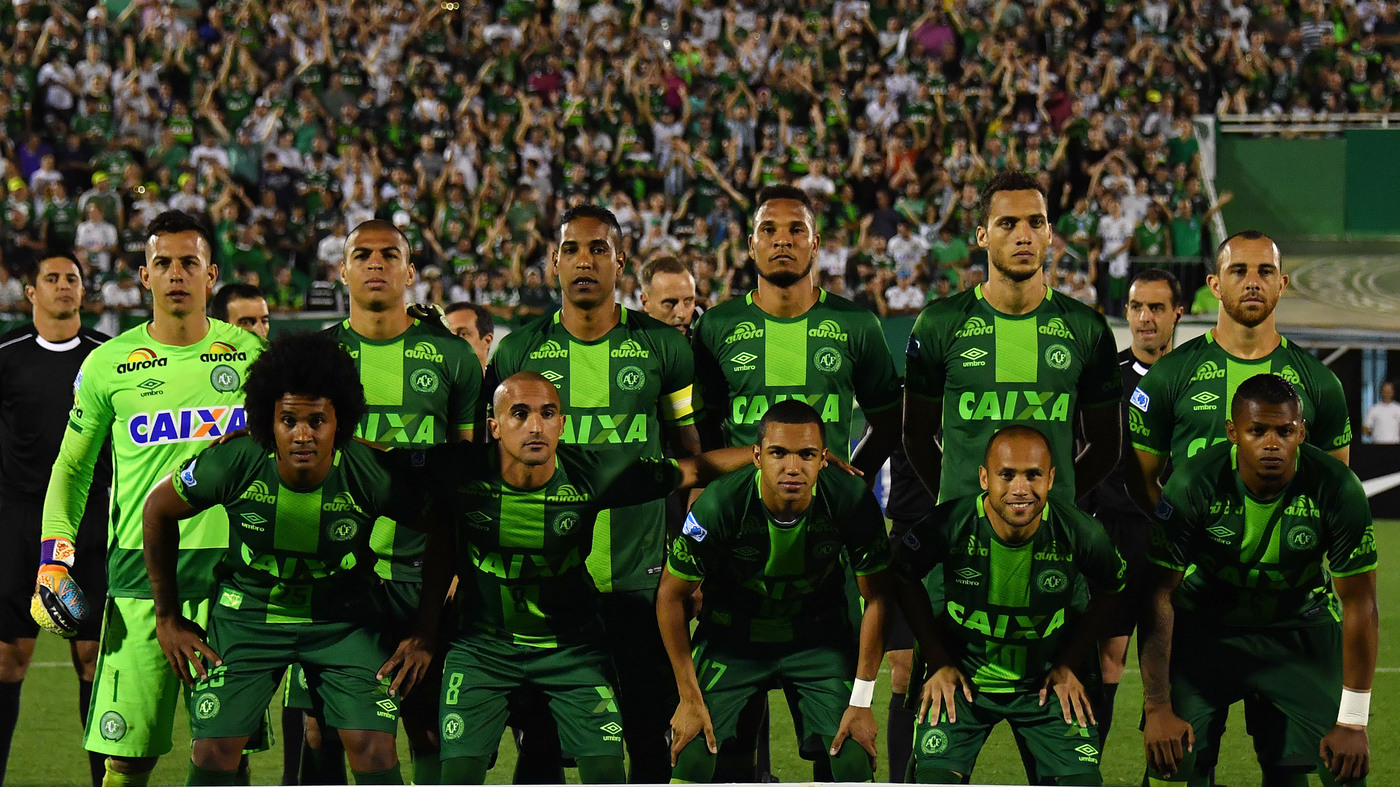 plane carrying brazilian soccer players crashes in colombia killing