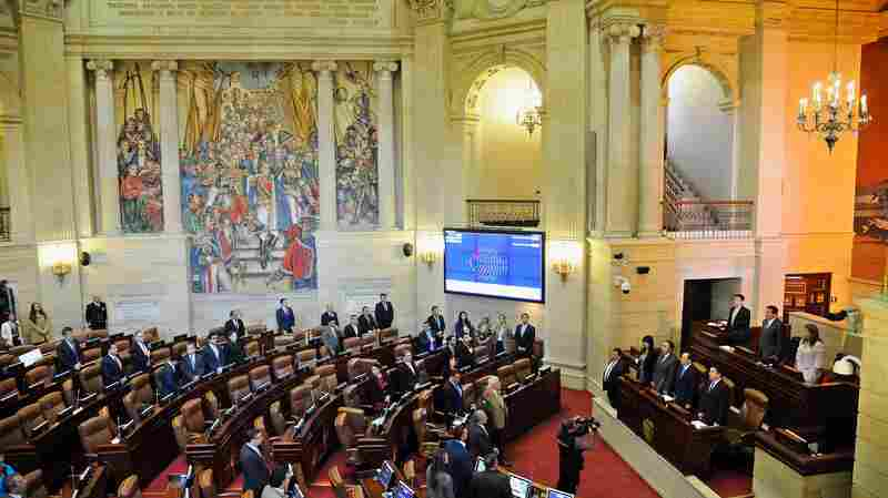 Colombia's Congress Ratifies Second Peace Deal With Marxist Rebels