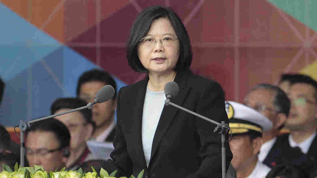 Trump continues to defend his call with Taiwan's leader