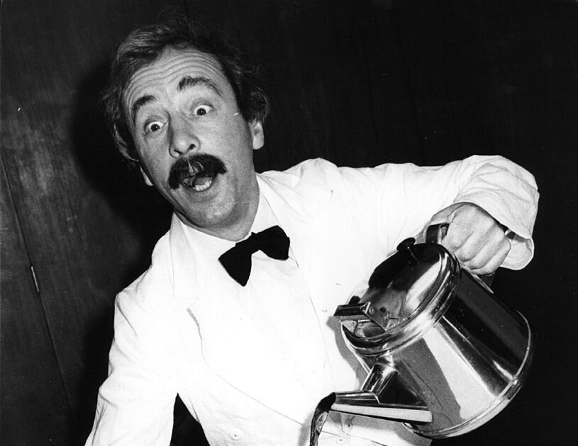 andrew sachs who played beloved waiter manuel on fawlty towers