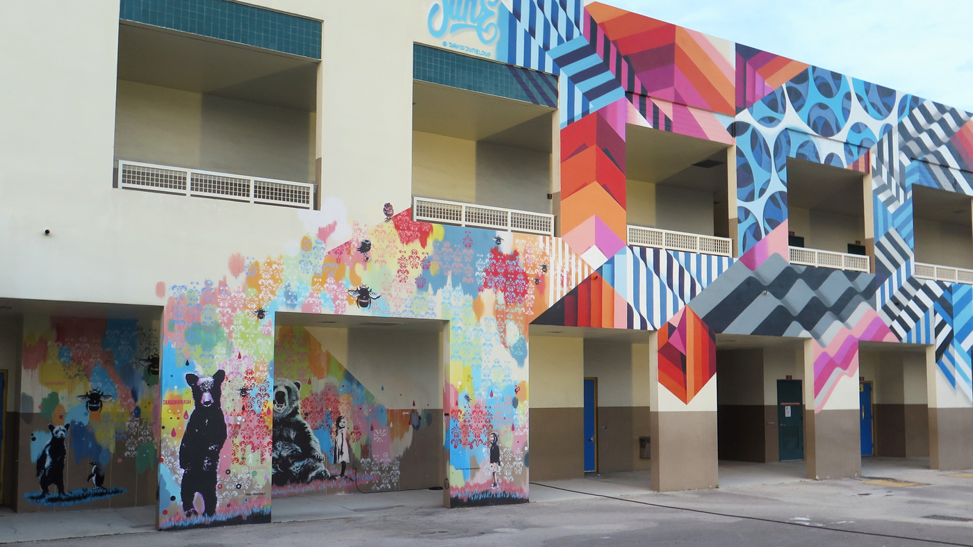 Art that transformed a miami neighborhood now making its for Mural school