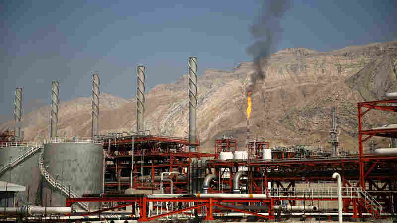 Energy Giant Shell Inks Oil Deal With Iran