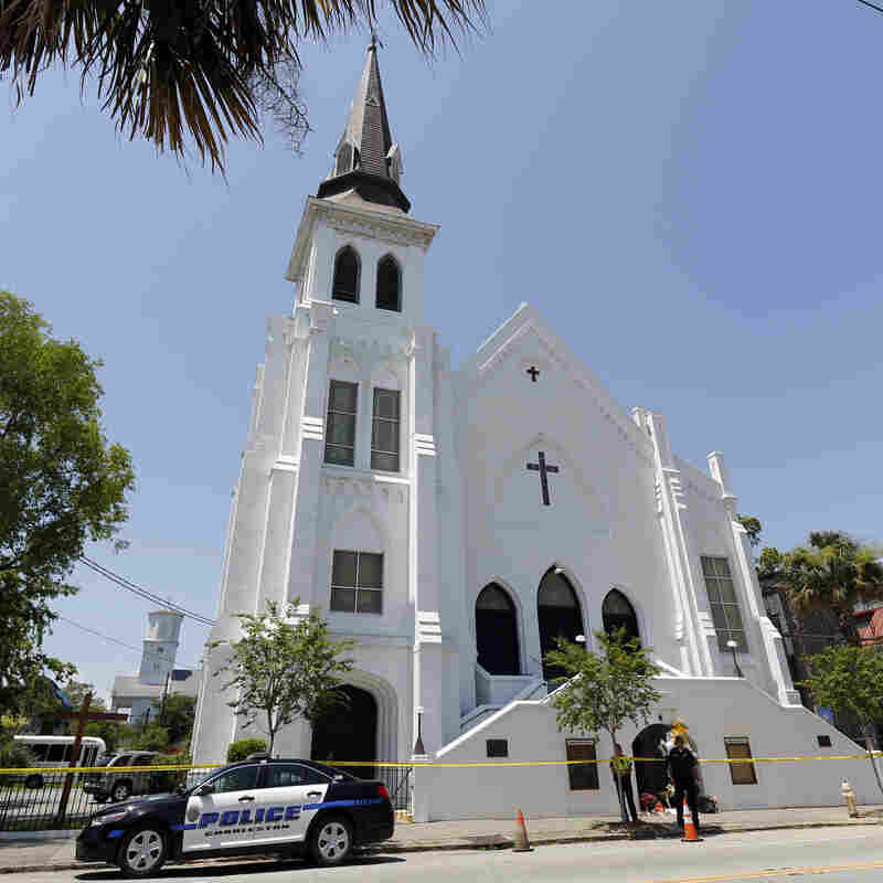 Dylann Roof Jury Sees Images Of Church Mass Shooting Aftermath