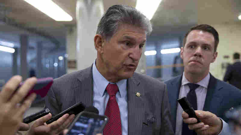 No Government Shutdown: Senate Passes Funding Bill After Democrats Back Down