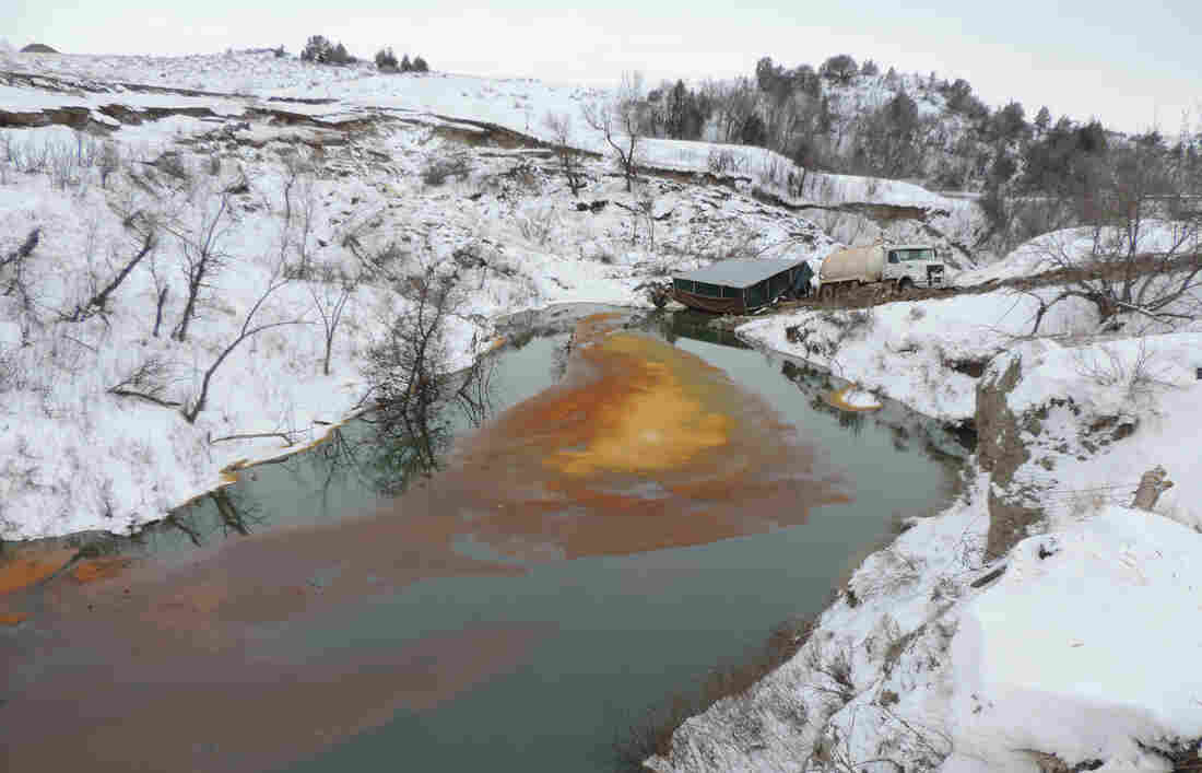 Company: Equipment Didn't Detect North Dakota Oil Leak