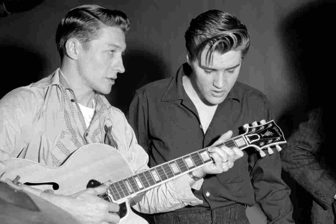 Scotty Moore (left), with Elvis Presley.