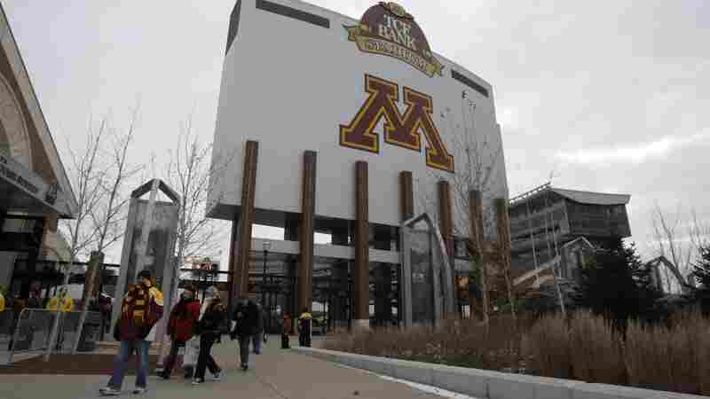 University Of Minnesota Football Team Ends Boycott, Will Play Bowl Game