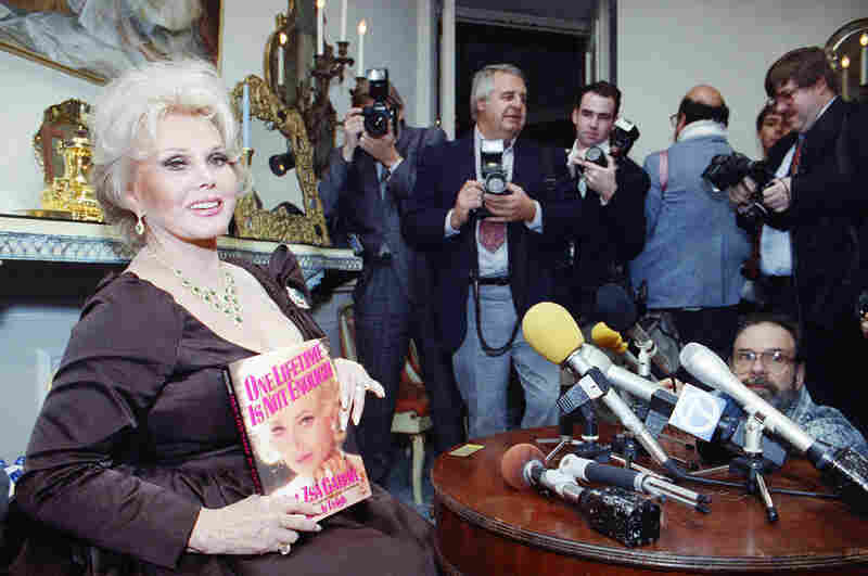 Gabor appears at a press event for her autobiography, One Lifetime is Not Enough, on Nov. 19, 1991.