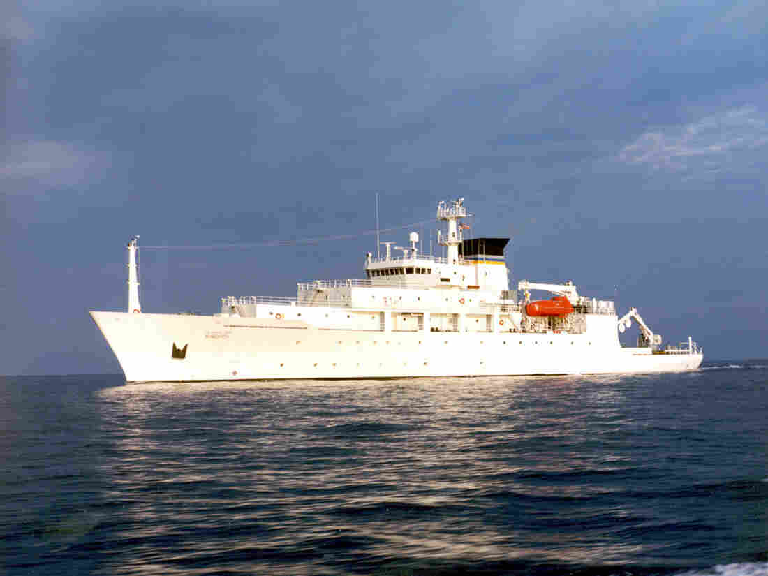 Defense Dept: China Gives Back Underwater Drone