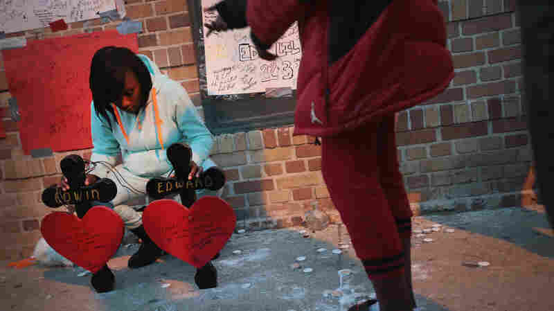 Gun Deaths In Chicago Reach Startling Number As Year Closes