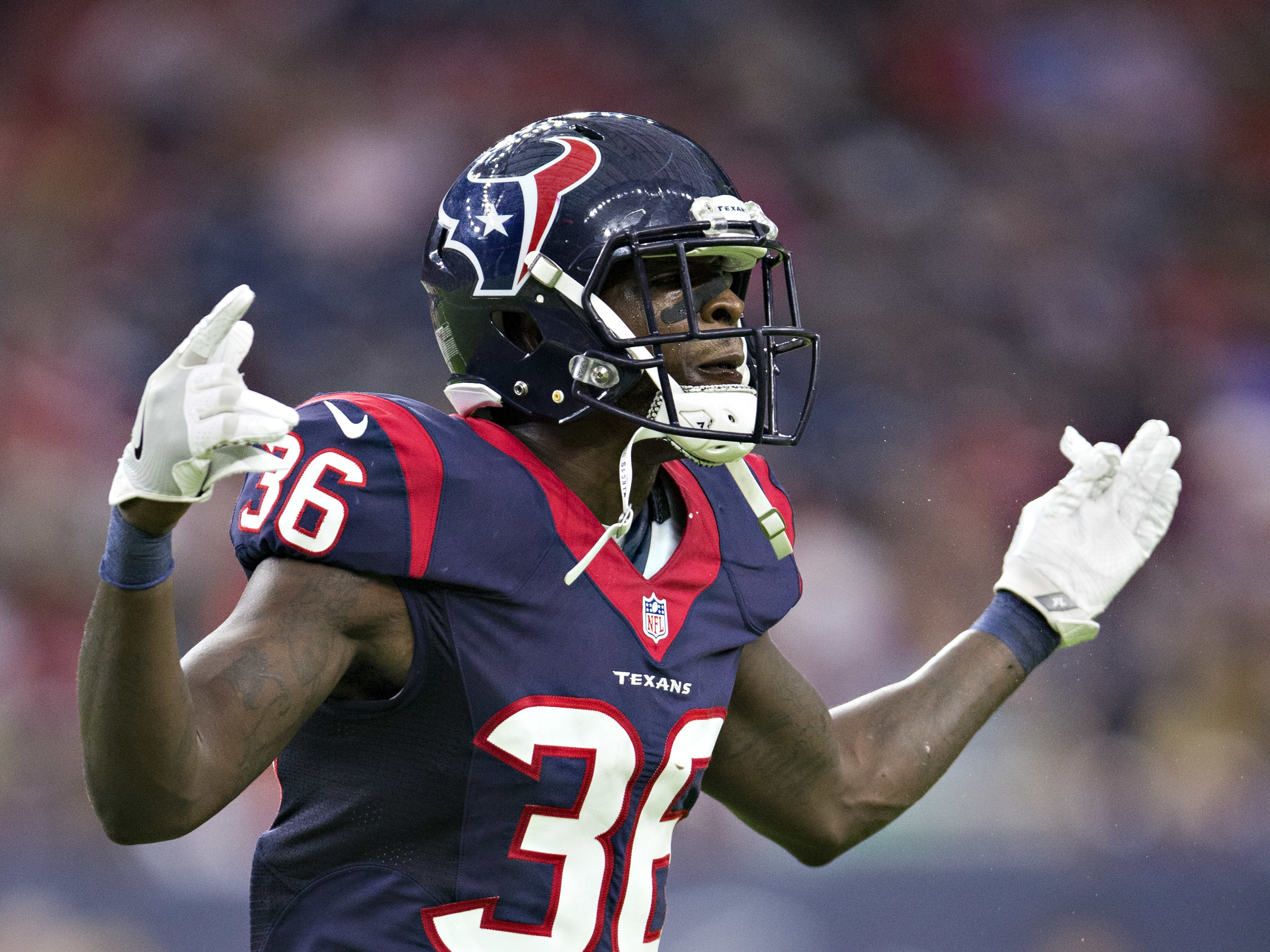 NFL Rookie K.J. Dillon Gets Stuck With $16,000 Dinner Bill In ...