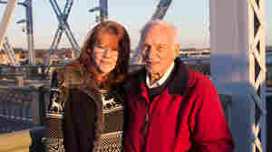 Decades After Daring Rescue, 2 Tennesseans Relive Christmas Miracle