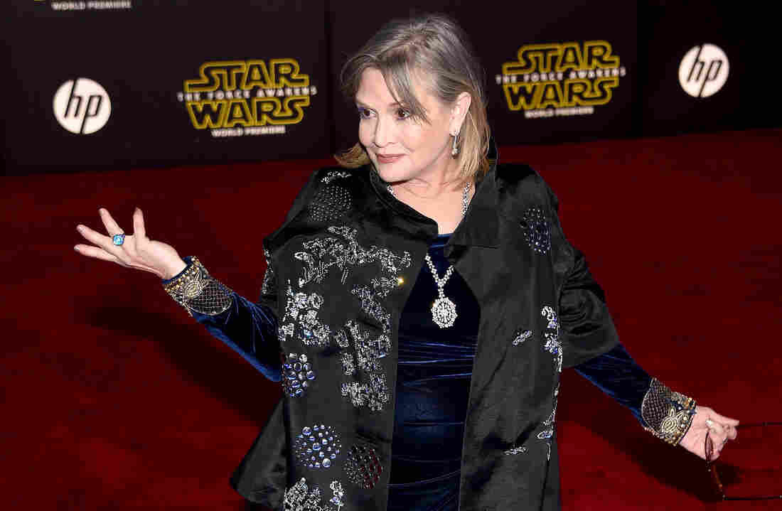 Central Ohioans mourn loss of Carrie Fisher, advocate