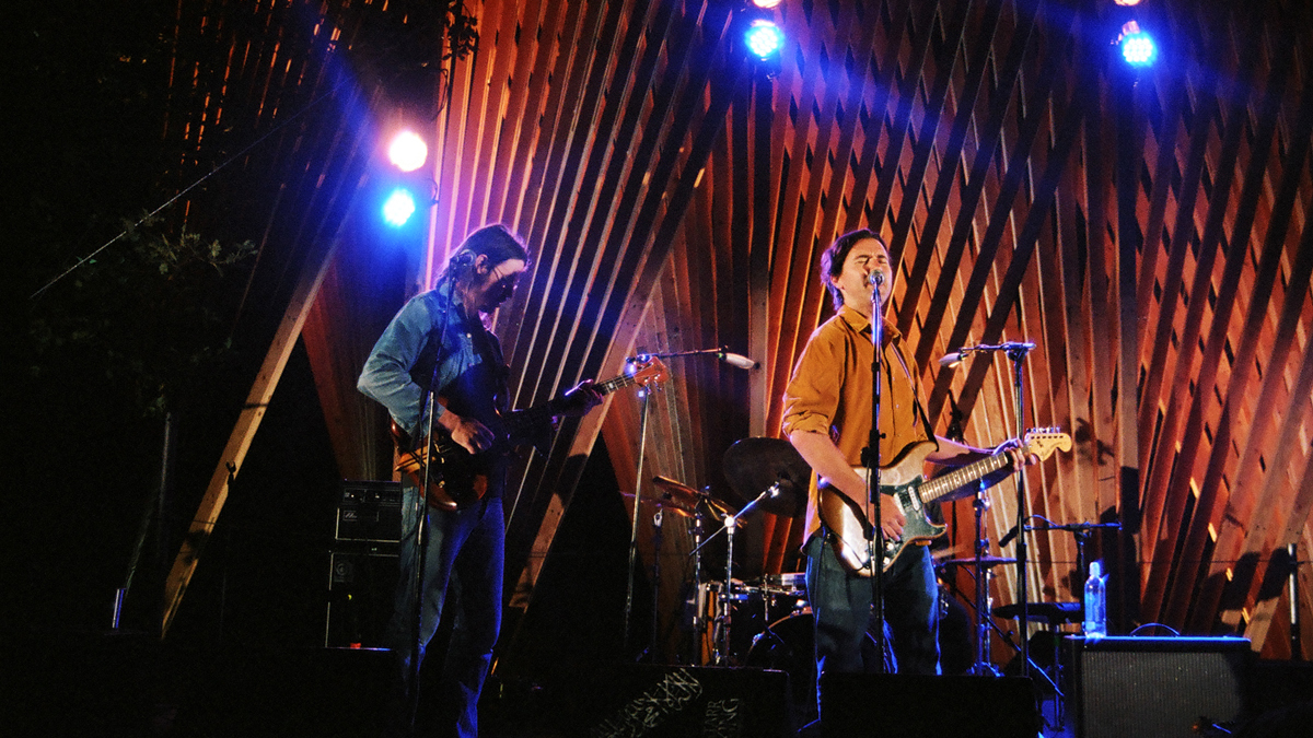 watch cass mccombs play uopposite houseu live at pickathon