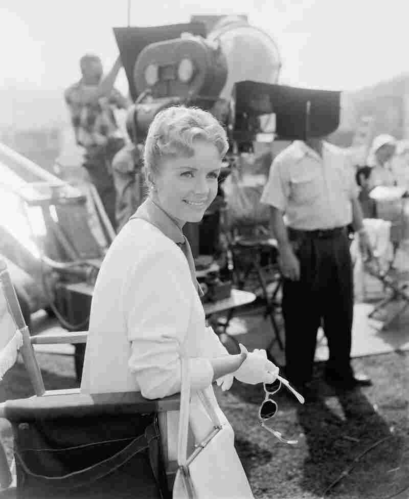 Debbie Reynolds on the set of For Love or Money.
