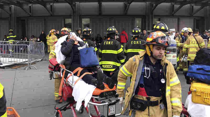 More Than 100 People Injured In New York Train Crash