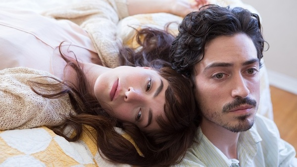 Joined At The Tragically Hip: Dianne (Olivia Thirlby) and Henry (Ben Feldman) in Between Us.