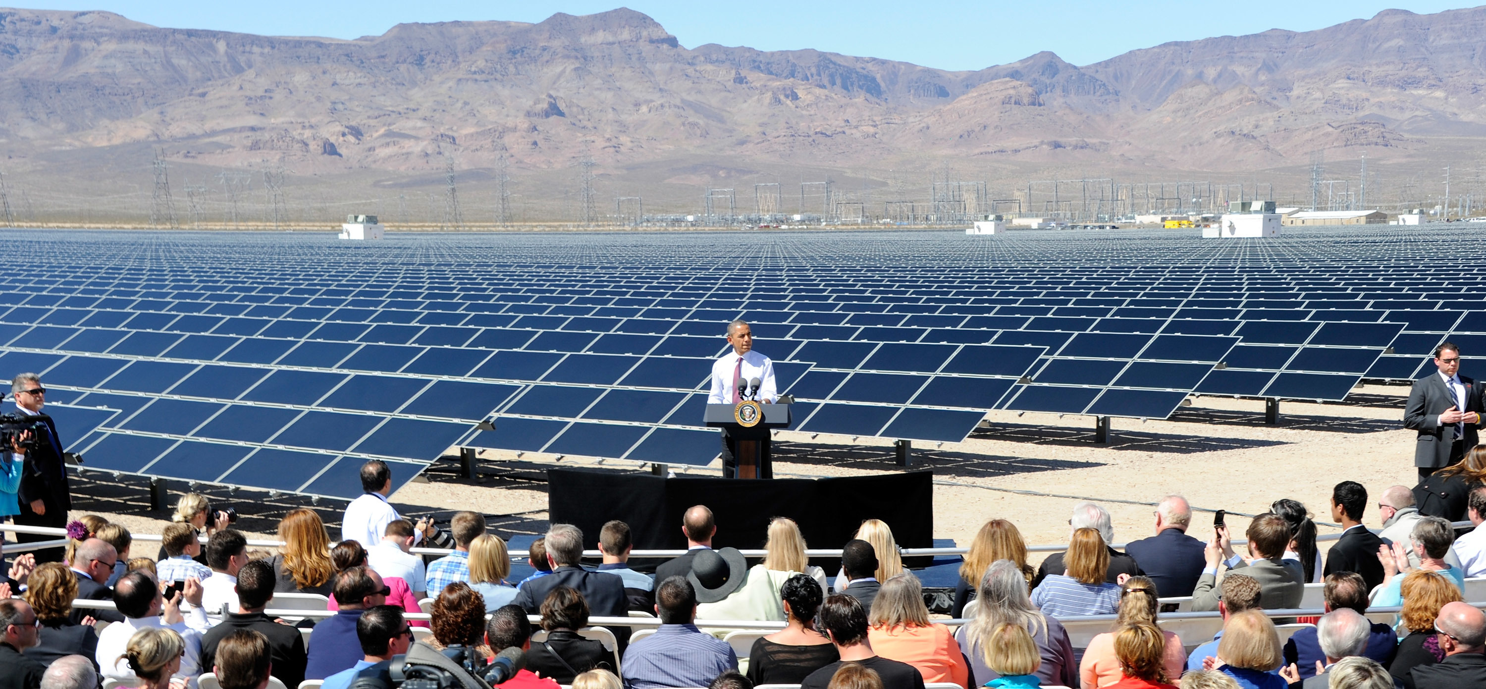 President Barack Obama speaks at Sempra U.S. Gas & Power's Copper Mountain Solar 1 facility, the largest photovoltaic solar plant in the United States on March 21, 2012. (Ethan Miller/Getty Images)