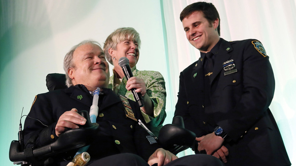In March 2015, Steven McDonald gathered with his wife, Patricia, and son, Conor, to receive the Spirit of Giving Award at the Kelly Cares Foundation